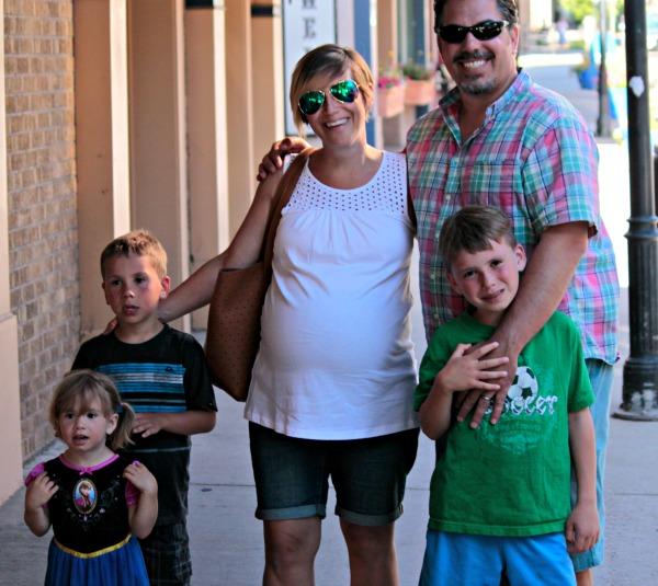 family in Glenwood