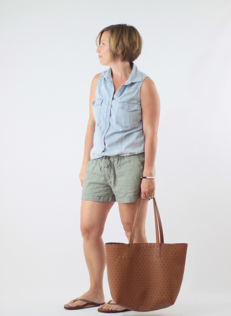 linen shorts and chambray 2